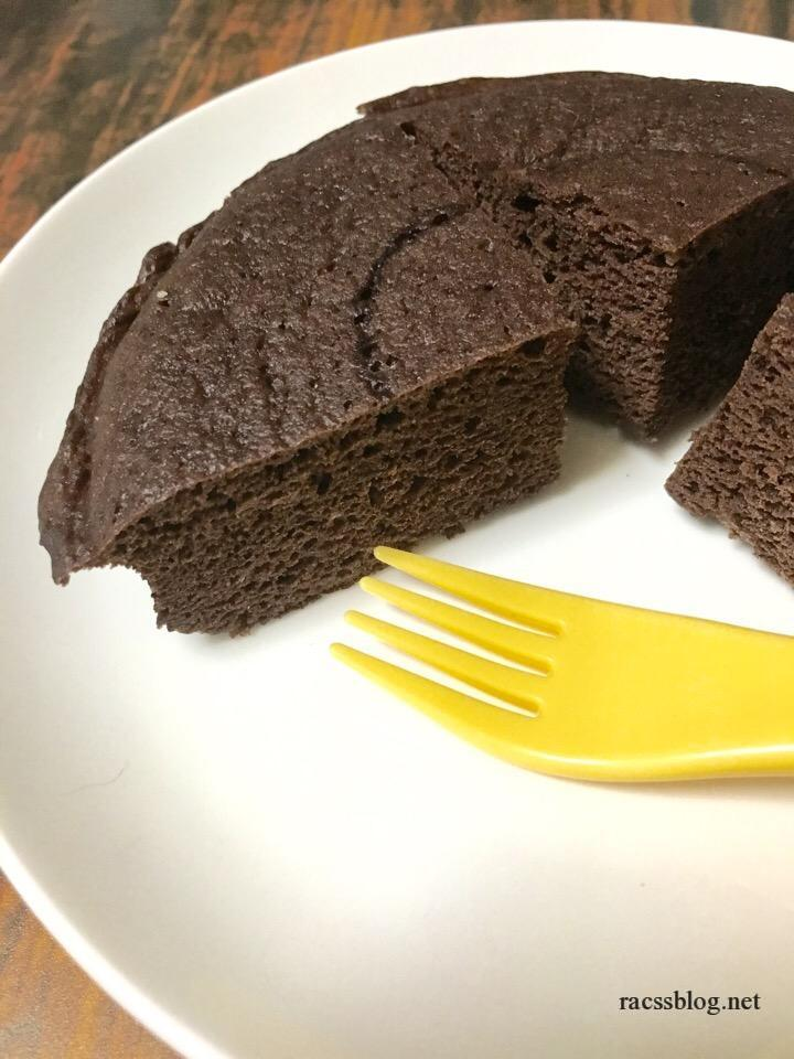 おからパウダー(超微粉)で作る「ココア蒸しケーキ」の作り方|糖質制限おやつにぴったり
