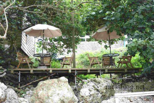 浜辺の茶屋テラス席