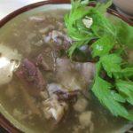 沖縄でヤギ汁(ひーじゃー汁)と牛汁を食べるなら「まんぷく食堂」へ
