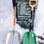 北海道の雪かきスコップの選び方 5種類も必要なの?!