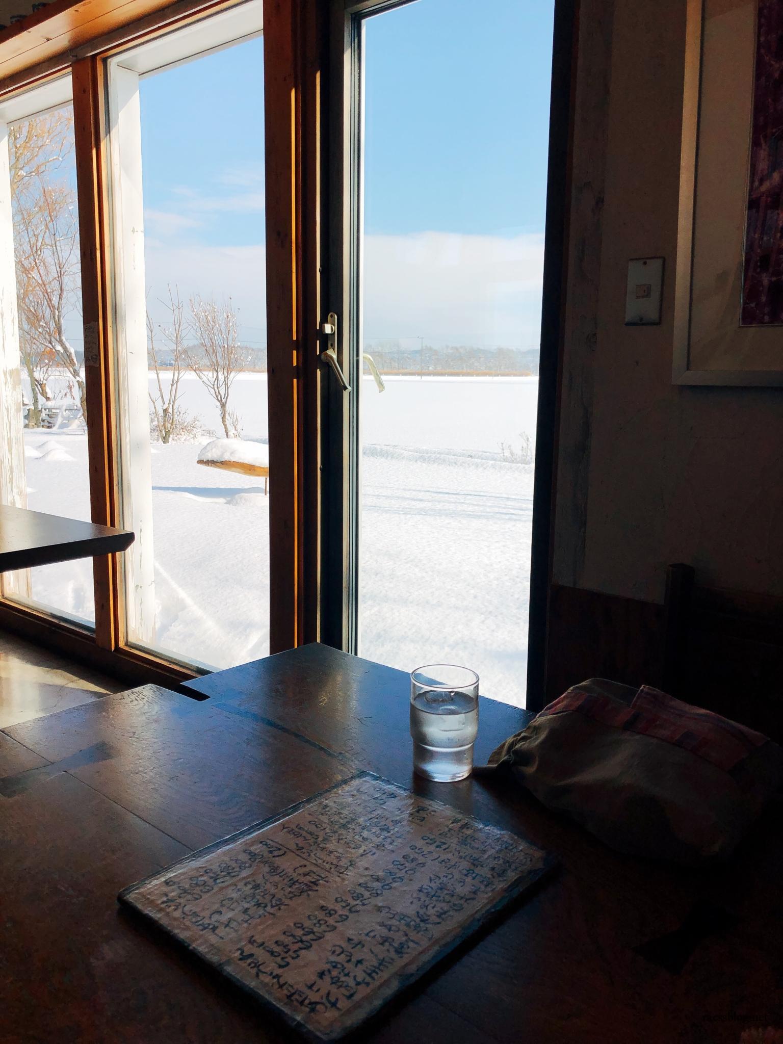長沼グルメ|ほくほく庵・北海道らしい雪景色を堪能しながら手打ちうどんをいただく